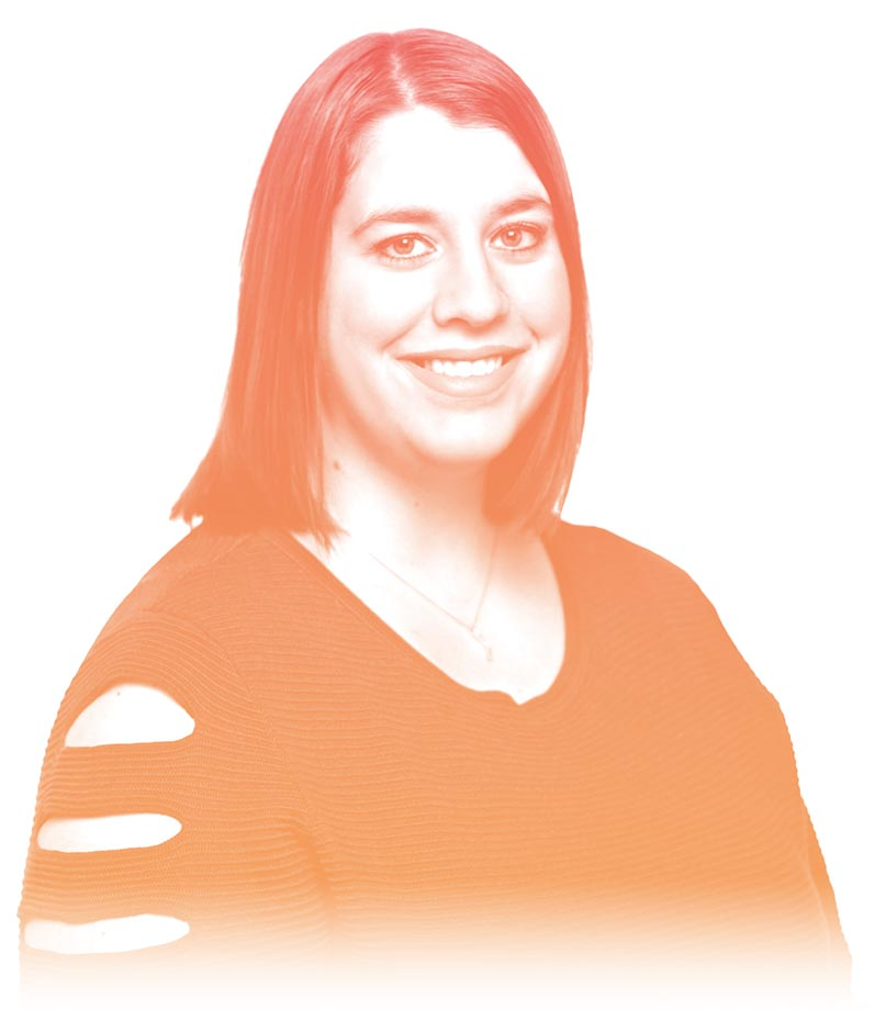 Alicia Dorris - Professional Headshot