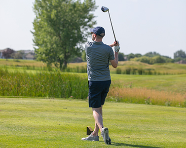 Matt Hammer golfing